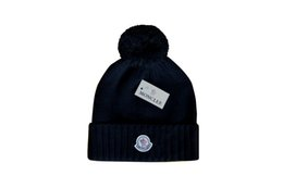 Neue Stempeln winter hüte für männer frauen stricken Pom Poms hut kappe Marke Beanie Hut LadiesThicken Hedging Warme Skullies Weibliche Knochen