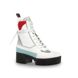 Hearts Boots Canada - Laureate Platform Desert Boot 1A41Qd 1A43Lp Black Heart Boots Overcloud Platform Desert Boot Luxury Brand Martin Boots 0L0V021
