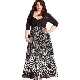 d05ee2f95aa Plus Size XXL-5XL Style long Dress Women Dress Beach Summerl Print Vintage  Maxi Vestidos de Festa Robe Street Wear 2018