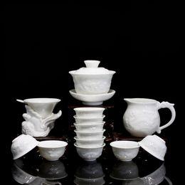 Ingrosso Bone China ceramica Kung Fu Set da tè regalo Relief Drago in porcellana 14 pezzi di tè con tazze di tè Gaiwan