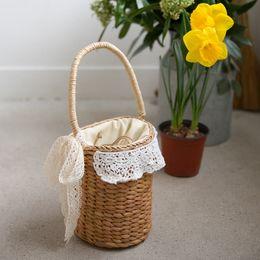$enCountryForm.capitalKeyWord Canada - NEW korean Summer Flower lace Pattern Women Straw Bag girls Dual Band Handbag Lady Woven Beach Bag Girl Shoulder Bag handbag 643