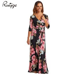 385e2259f7 Ruiyige 2017 Fashion Party Dress Sexy Pluging V-Neck Half Sleeves Floral  Print Sashes Tunic Boho Long Maxi Vestido Beach Travel