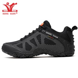 trail trainers UK - Men Outdoor Hiking Shoes for Women Mesh Breathable Antiskid Athletic Trainers Trekking Sports Footwear Black Trail Mountain Walking Sneakers