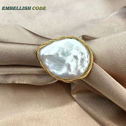 Wire Rings NZ - NEW Designer golden wire with big size baroque cultured freshwater coin pearls flat hand make ring white color for women gift