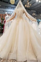 Vente en gros MAGGIEISAMAZING VRAIES PHOTOS en gros sur l'épaule dos lacets Applique Robe de mariée robe de bal CYH374140