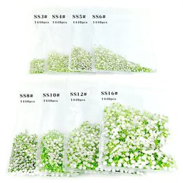 Wholesale 1440Pcs Pack Nail Crystal Rhinestones for Nails Flatback Non Hotfix Nail Art Decorations Light Green Glass Gems Stones SS3 SS16