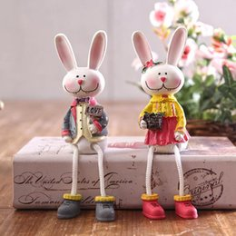Wood Animal Figured Toys NZ - Lover Toy Rabbit Figures Figurines Resin Artware Lovely Couple Ornaments Doll For Home Decoration 2 pcs set Free Shipping