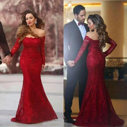 Wholesale sexy models tight dresses resale online – Elegant Long Sleeve Evening Dresses Mermaid Off Shoulder Neckline Sweep Train Burgundy Lace Sexy Tight Prom Dresses