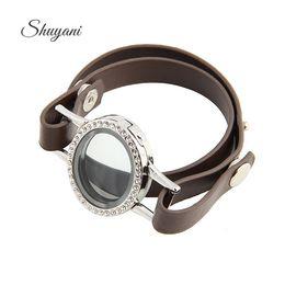 $enCountryForm.capitalKeyWord NZ - 4 Colors Mix Floating Locket Charm Leather Bracelet Bangle Photo Glass Living Memory Locket Pendant Bracelet Women Men C18110601