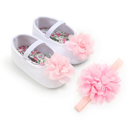 36d635c11839c Baby Girls Shoes and Headband Gift Set for Christening Fashion Anniversary  Party Princess Shoes with Big Flower