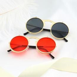 b47a8f0d9e 8 Fotos Metal tirón ronda online-Superhot Eyewear Retro Vintage Round Metal  Flip up Gafas de sol
