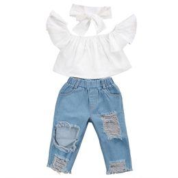 454e87464984c4 Neue Mode Kinder Mädchen Kleidung Schulterfrei Crop Tops Weiß + Loch Denim  Hose Jean Stirnband 3 STÜCKE Kleinkind Kinder Kleidung