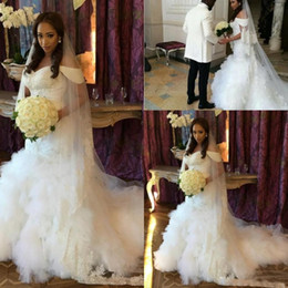 Fashion Off The Shoulder African Mermaid Wedding Dresses Short Sleeves Tiers Skirt Beaded Bridal Gowns Arabic Plus Size Dress