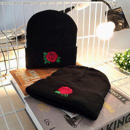 Knitted hat patterns for women online shopping - Embroidery Applique Crochet Ski Hat Curling Design Rose Flower Pattern Beanie For Women Autumn Winter Knitting Cap Hot Sale hb BB