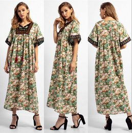 Discount elegant kaftan abaya - Elegant V Neck Muslim Women Green Summer Dress Middle East Abaya Dubai Kaftan Islamic Lady Flower Printed Long Dress Clo