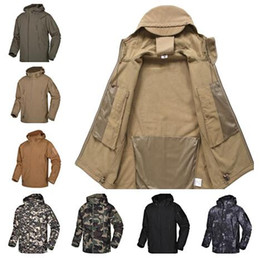 $enCountryForm.capitalKeyWord Australia - Softshell Jacket Outdoor Camouflage Suit Coats Shark Skin Hiking Waterproof Breathable Winter Windproof Soft Shell jacket Full Zipper A02
