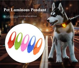 glow pendants Australia - A32 New Pet silicone LED Lamp Dog Glowing pendant Pet Dog silicone light Pendants free shipping