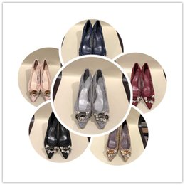 $enCountryForm.capitalKeyWord NZ - fashion show new style Wedding dress shoes new international brands latest design for rivets It's all over the world. one-by-on