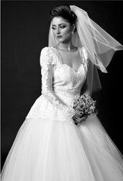 Халаты De Mariage 2018 Принцесса Sheer Шеи Арабский Старинные Свадебное Платье Роскошные Кружева Аппликации С Длинным Рукавом Мусульманское Свадебное Платье на Распродаже