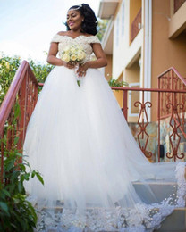 $enCountryForm.capitalKeyWord Australia - Luxury Pearls Beaded Wedding Dresses Off Shoulder Straps Long Puffy Tulle Bride Dress With Appliques African Bridal Gowns