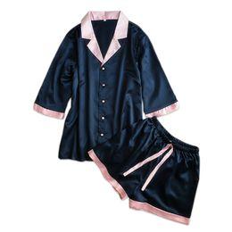 b340004adc53c1 Sexy Satin Seide Pyjamas für Frauen kurze Ärmel Pyjama-Sets Frauen-Shorts  Nette Innen-Kleidung Damen-Shorts Pyjamas Sommer-Pyjamas Y18102205