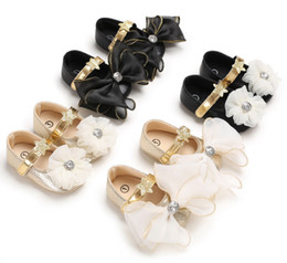Pink star shoes baby online shopping - Baby Kids shoes sweet girls rhinestones lace Bows first walkers infant soft sequins star princess shoes baby Buckle Strap shoes F1589