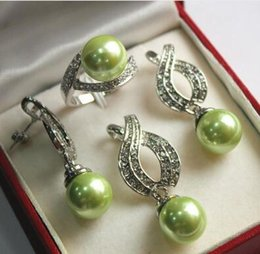 $enCountryForm.capitalKeyWord Australia - Free Shipping Hot! noble new jewelry silver plated + 12mm green shell pearl pendant, earring, , ring set