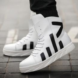 Inverno high-top scarpe da uomo metà stivali coreano moda Inghilterra uomo  casual scarpe da uomo in pelle boot (con scatola) 70d26f0d7fa