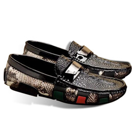 a53190148 Tamanho 38 44 Moda Couro Real Homens Se Vestem Sapatos Dedo Apontado  Bullock Oxfords Sapatos Para