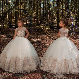 gorgeous girls dresses for weddings NZ - Gorgeous Princess Lace Little Girls Pageant Dresses Sheer2018 Girl Pageant Dress Ball Gown Kids Formal Wear Flower Girls Dresses for Wedding