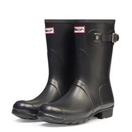 Chinese  Women Men Rain Boots Rubber Matte Gloss Medium Short Rainboots Waterproof Welly Rain Boots Good Quality manufacturers