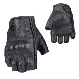 Short Motorcycle Leather Gloves NZ - SCOYCO Racing Motorcycle Half Finger Gloves Cowhide Sheepskin Moto Motocross Rider Summer Short Gloves Anti-fall M-43C
