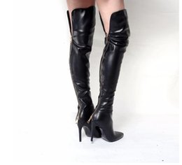 Vente en gros Européenne élégant chaussons Mujer 2018 au-dessus du genou retour métallique fermeture éclair détail bout pointu talon aiguille mode robe de soirée bottes femme