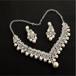 Pearl Sets Australia - Luxury Crystals Pearls Drop Bridal Jewelry Sets For Women 2018 Fashion Earrings Necklace Wedding Prom Evening Accessories