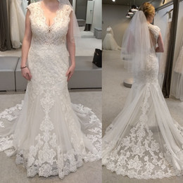 Chinese  Stunning Fishtail Trumpet v-Neck Plus Size Wedding Dress Beautiful Beads And Sequins Illusion Open Back Mermaid Bridal Dress manufacturers