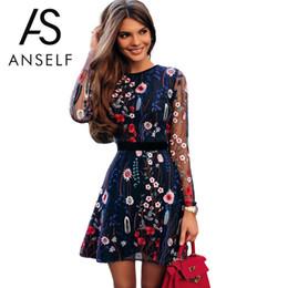 1045e70a591 Сексуальные женщины цветочные вышивка платье Sheer сетки лето Boho  мини-трапеция Платье прозрачный черный 2018 Vestidos де феста