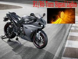 Ingrosso Indicatori di direzione a LED Indicatori di lampeggiatori Lampeggiatori Montaggio a incasso Luce adatta per Yamaha YZF R1 / R6 luce gialla per moto