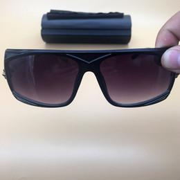 1994d9c31a4 Black Frame Mens Womens Sunglasses Oversized Lenses Eyeglasses Oval Frame  Legends glasses Cheap 2018 Summer Beach Sunglasses 4068