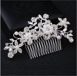 red flower diamond hairpin NZ - Five petal flower crystal ornament fashion new diamond lined bride hair comb