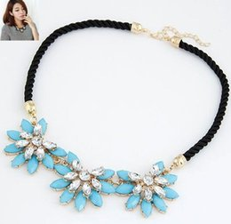 Wholesale Rhinestone Necklace Auniquestyle Fashion Colorful Cute Charm Gem Flower Choker Necklaces Pendants Fashion Jewelry Woman Gift Summer style