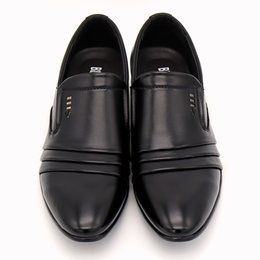 Discount pointy black dress shoes men - Luxury brand PU Leather Fashion Men Business Dress Loafers Pointy Black Shoes Oxford Breathable Formal Wedding Shoes
