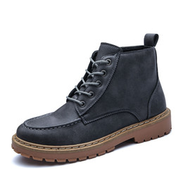 China Motorcycle Boots Men Leather High Boots Lace-up Men Work Shoes Breathable Autumn Working Shoes Teenager Boys Causal Footwear cheap teenager shoes suppliers