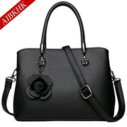 Handbags For Ladies Red Color Australia - Leather Handbags Fashion Flowers Crossbody Ladies Luxury Designer Brand Shoulder Bag Casual Tote Bags for Women 2019 Hand Bags