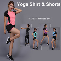 $enCountryForm.capitalKeyWord Canada - Sexy Yoga Set Women Fitness Running Shirt + Shorts Quick Dry Gym Workout Clothes Training Jogging Fitness Sport Suit Sportswear