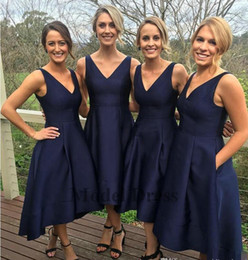 Garden Short High Low Bridesmaid Dresses With Pockets Navy Blue Cheap  V-Neck Pleats Maid Of Honor Gowns Formal Junior Bridesmaids Dresses 7c1b5a168