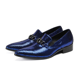 Wedding Shoes Men Blue Australia - Top quality classic red blue patent leather spring summer dress wedding loafers italian shoes men office shoes