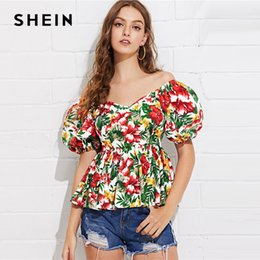 Fit Blouse Canada - SHEIN Puff Sleeve Tropical Peplum Top Multicolor Floral Print Off Shoulder Blouse Women Summer Pleated Slim Fit Peplum Blouses