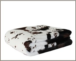 Wholesale 125 cm cow faux fur blanket style double layers soft pv plush reverse polar fleece fabric throw blanket for beds