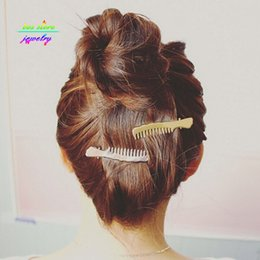 wedding scissors Canada - 2016 New Charms Sweet Gold Silver Scissors Shaped Bobby Pin Wedding Hair Accessorie Bridal Hair Jewelry Pearl Jewelry Bobby Pins