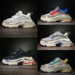 Discount golf speed - Wholesale Triple S Speed Trainer Running Shoes 2018 Luxury Sock Man Woman Sneaker Top Quality five Colors Athletics Disc